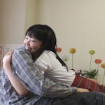 17歳の女子高生に添い寝や体を接触させるサービスをさせていたメイドリフレ「Honey candle」を摘発