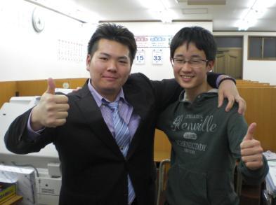 伊熊くん、柳田講師
