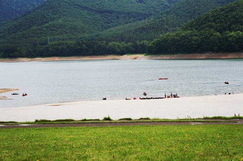 かなやま湖①