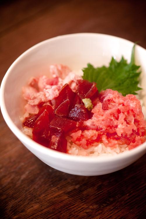 特製マグロ丼2