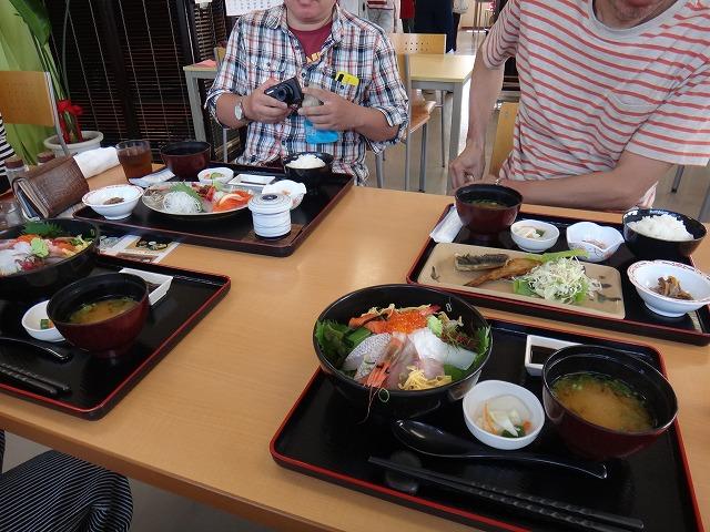s-12:24昼食