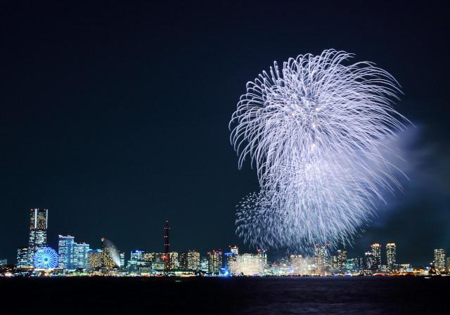 神奈川新聞2015-10