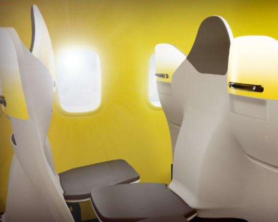 飛行機の座席02