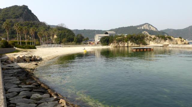 家島の港町風景2