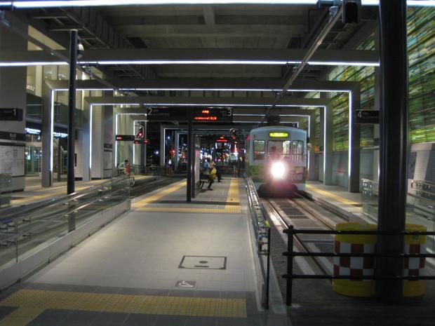 富山地鉄富山駅2