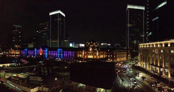 丸ビル5階テラスから見た東京駅