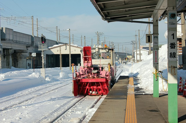 ⑮十日町駅除雪車