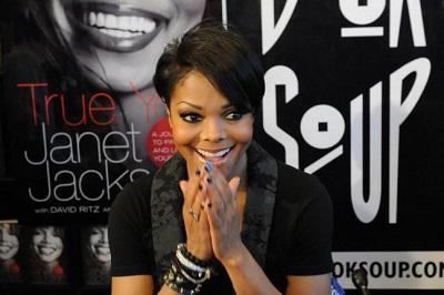 Janet Jackson Unbreakable World Tour 02