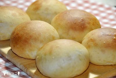 手作りパンだよ