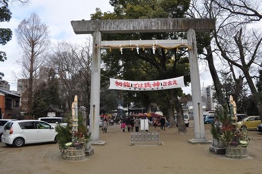 挙母神社3