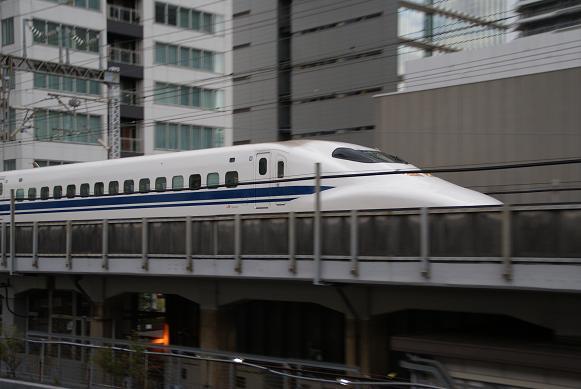 新幹線700系-1