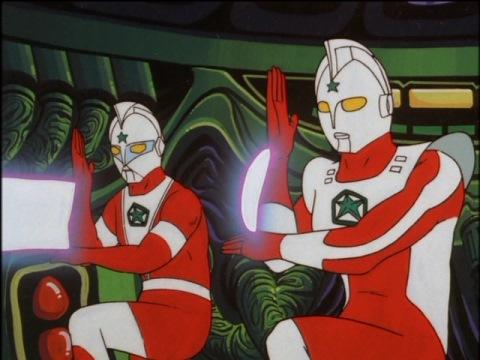怪獣収容星プリズンに乗り込んだロト(左)とエレク(右)