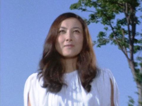 アルファ星人 ニケの女神(演:麻里とも恵、現:阿川泰子)