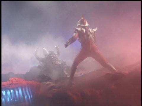ウルトラマンネクサス(ジュネッス) vs ゴルゴレム