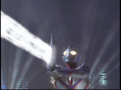 ゼペリオン光線で、地獄の門ごとキリエロイドIIを撃破!