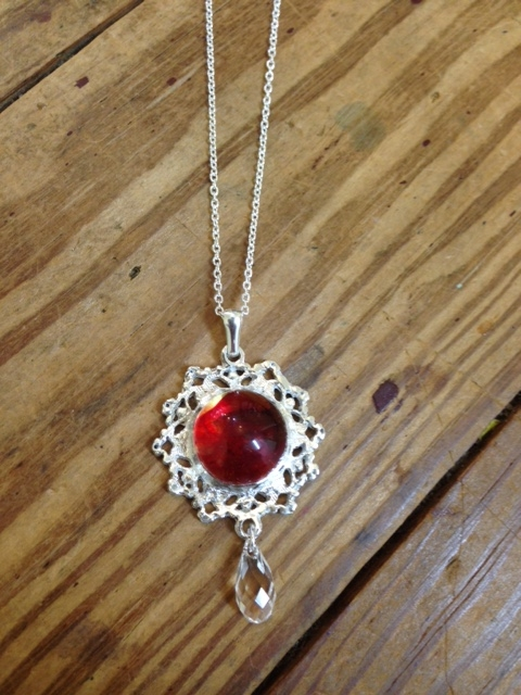 lace pendant red