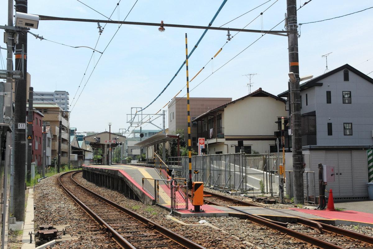 鯉党のひろしま街づくり日記         : JR可部線『安芸長束駅』 ホーム新設工事が進行中
