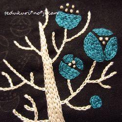 刺繍 枯れ木に花を2