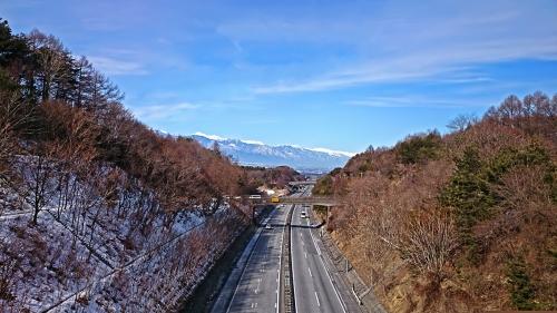塩尻峠から見た長野自動車道