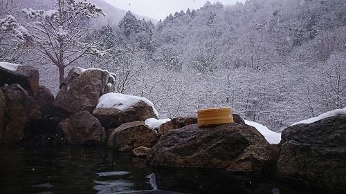 葛温泉仙人閣