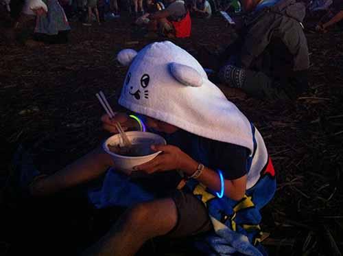 食べながらクロマニヨンズ