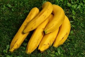 bananas-1642706__340バナナ
