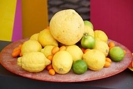 lemons-1405448__180.jpg