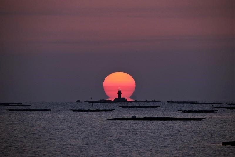 日の出3(達磨太陽)