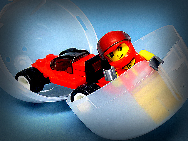 wakuwaku_Block7_Racing_car_red_01.jpg