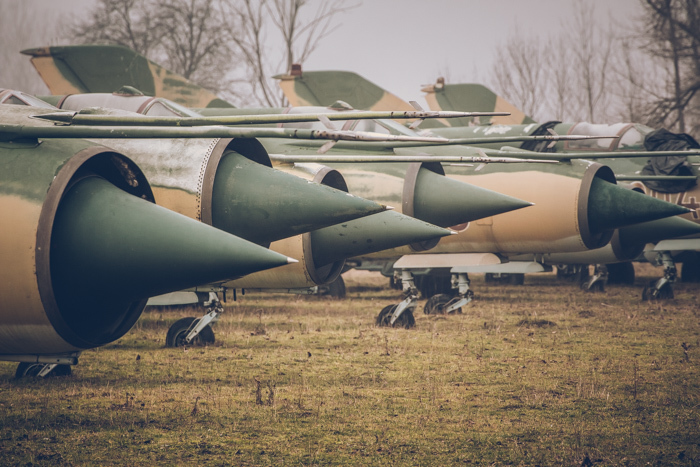 20180321_abandoned_fighter_aircraft_2.jpg