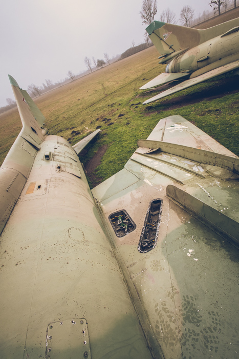 20180321_abandoned_fighter_aircraft_5.jpg