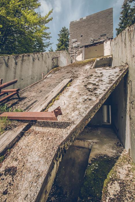 20180510_sarajevo-abandoned-ski-jump_8.jpg