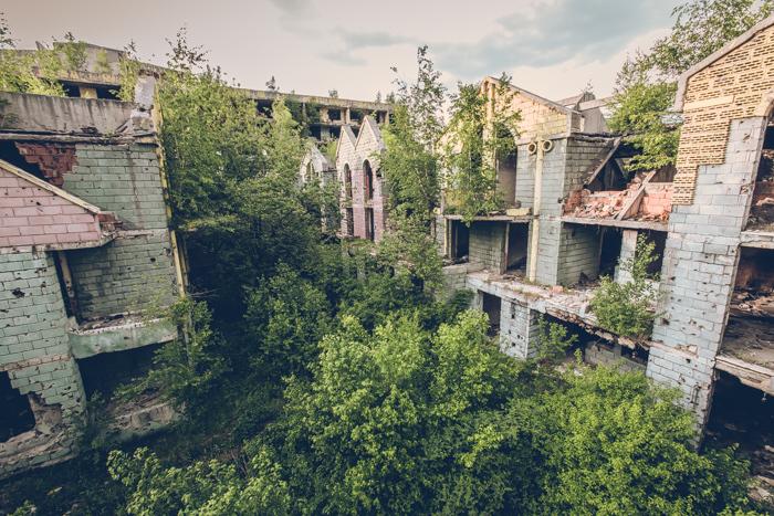 20180519_sarajevo_abandoned_shoppingmall_10.jpg