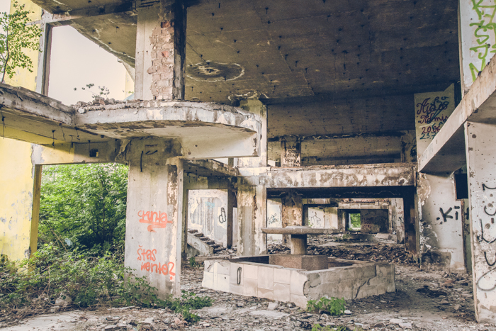 20180519_sarajevo_abandoned_shoppingmall_14.jpg