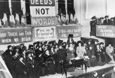 Suffragettes_England_1908-560x382_convert_20180331222319.jpg
