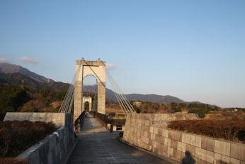 3/25 風のつり橋  県立戸川公園