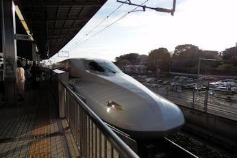 4/7 新幹線 のぞみ  新横浜で