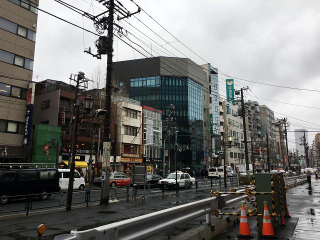 春の寒の戻りで雨降りはじめた東京2@2018年4月17日 by占いとか魔術とか所蔵画像