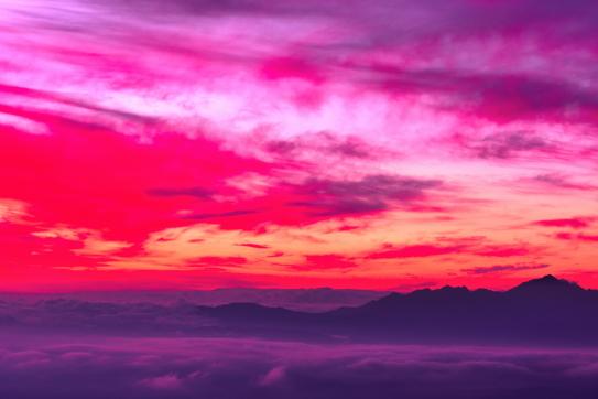 01-雲海に浮かぶ朝焼けの甲斐駒ヶ岳