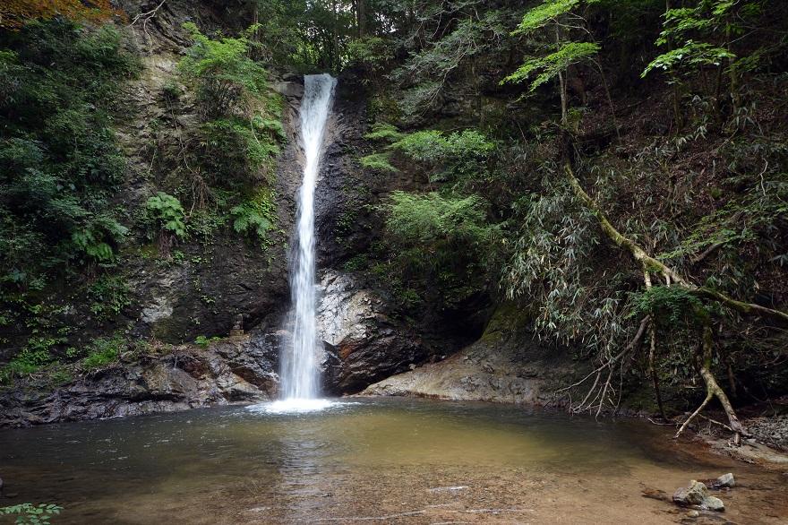 投石の滝 (1)