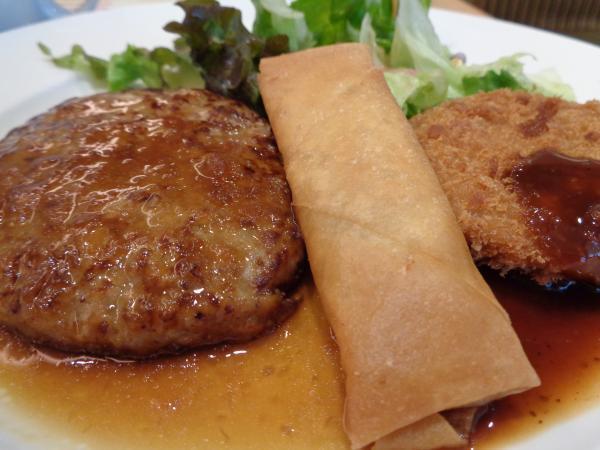 4/2 ガスト・ハンバーグとメンチカツ春巻定食
