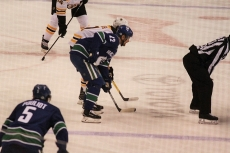 04Canucks VS Boston18試合IMG_0100