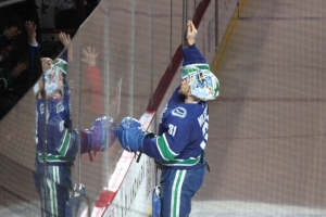 33Canucks VS Boston18試合IMG_0337