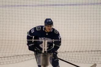 06Canucks VS Boston18選手IMG_0137