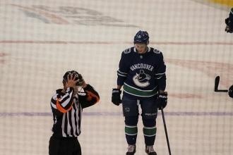 14Canucks VS Boston18選手IMG_0155
