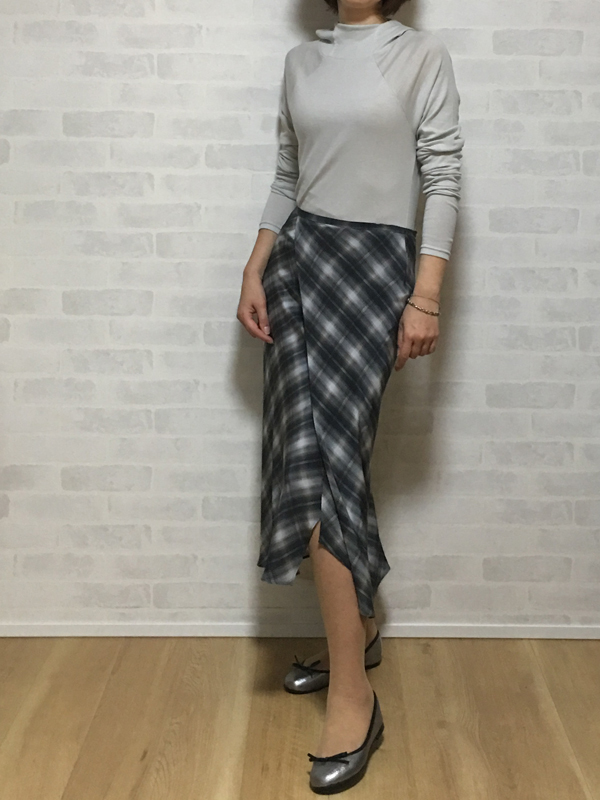 ヴィンスのシルクのバイアススカート