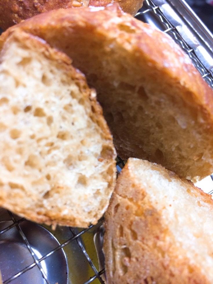 オリジナルパン。
