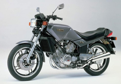 Yamaha XZ 550