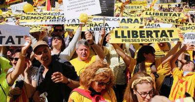 SbnYsKKb本日バルセロナ75万人デモ。