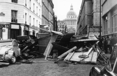DcJD8NuVQAAMfgP50年前、1968年5月のパリ。